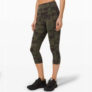 Lululemon Fast and Free Crop 19 inch